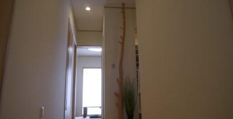 空間をデザインした玄関イメージ1