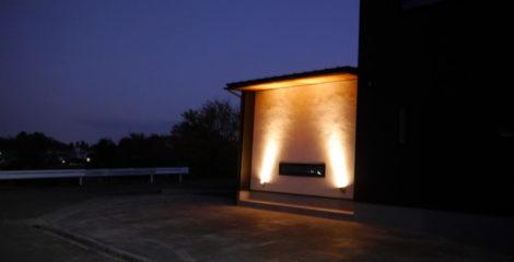 漆黒に光る家イメージ4