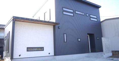 漆黒に光る家イメージ1