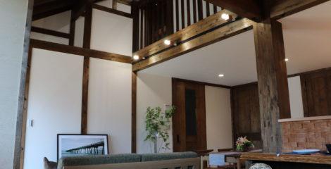 檜×モダン・クラッシックな家