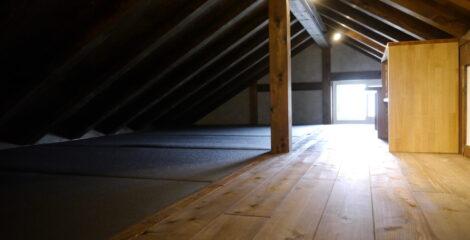 屋根裏小部屋イメージ1